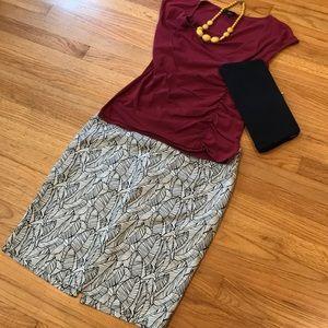 92450a62b NWOT Dalia Leaf Print Pencil Skirt